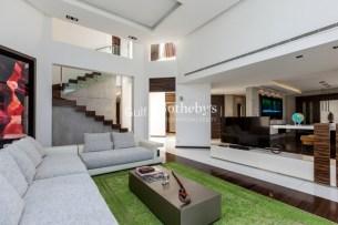 4 bedroom villa in Palm Jumeirah, 1.2