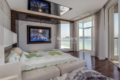 4 bedroom villa in Palm Jumeirah, 1.4