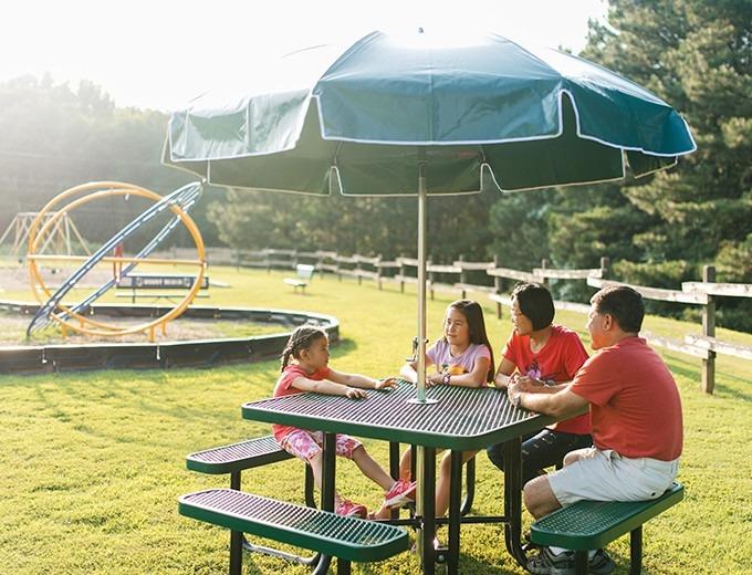picnic table umbrella patio style