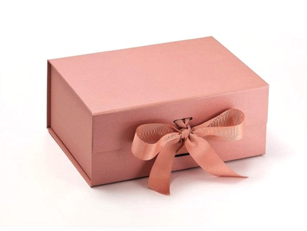 Personalised Gift Box Pink