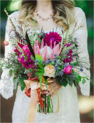 bridal-bouquet-with-feathers-lindsay-ferraris-photography