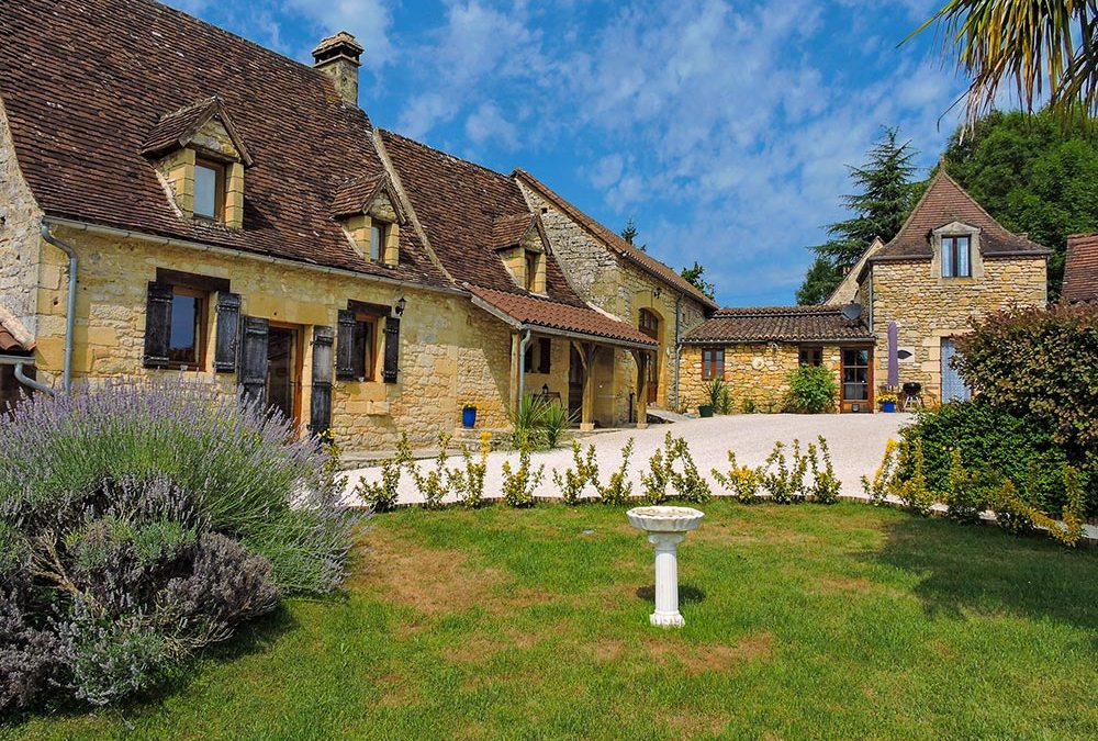 Maison atypique en pierre (Périgord noir)