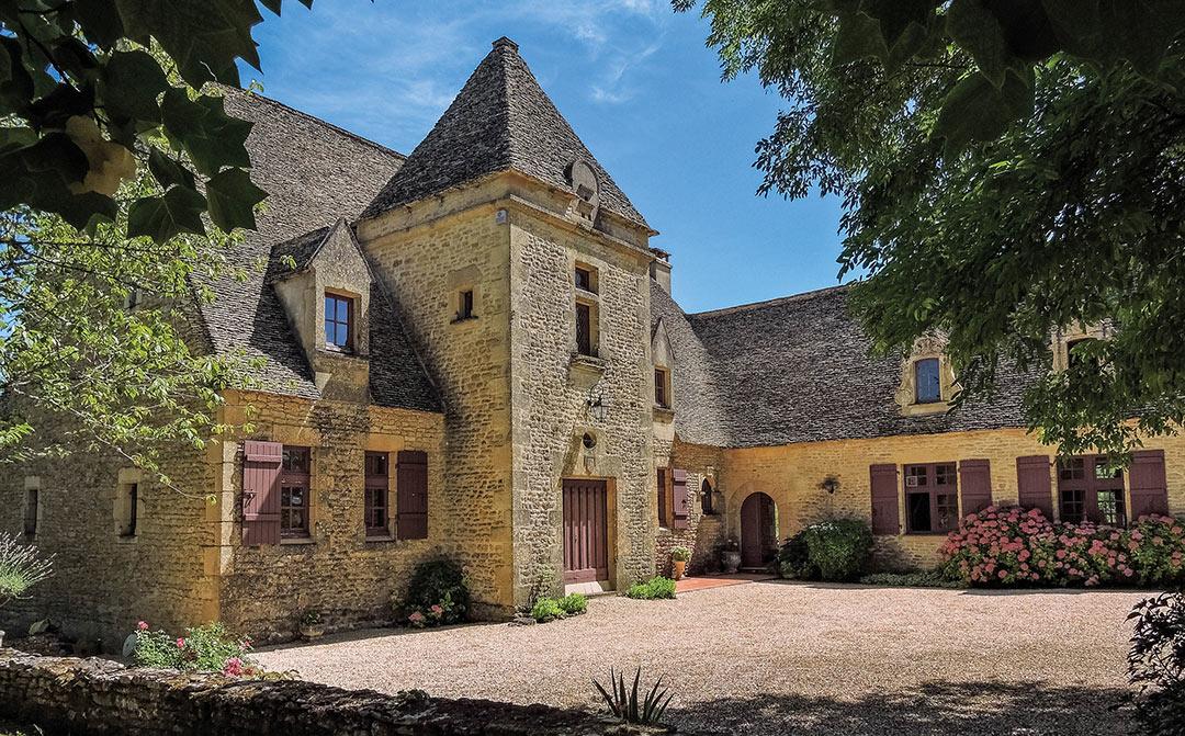 FANLAC – Périgord Noir – Splendide Manoir dans un beau village de France avec une vue exceptionnelle sur la Vallée de la Vézère