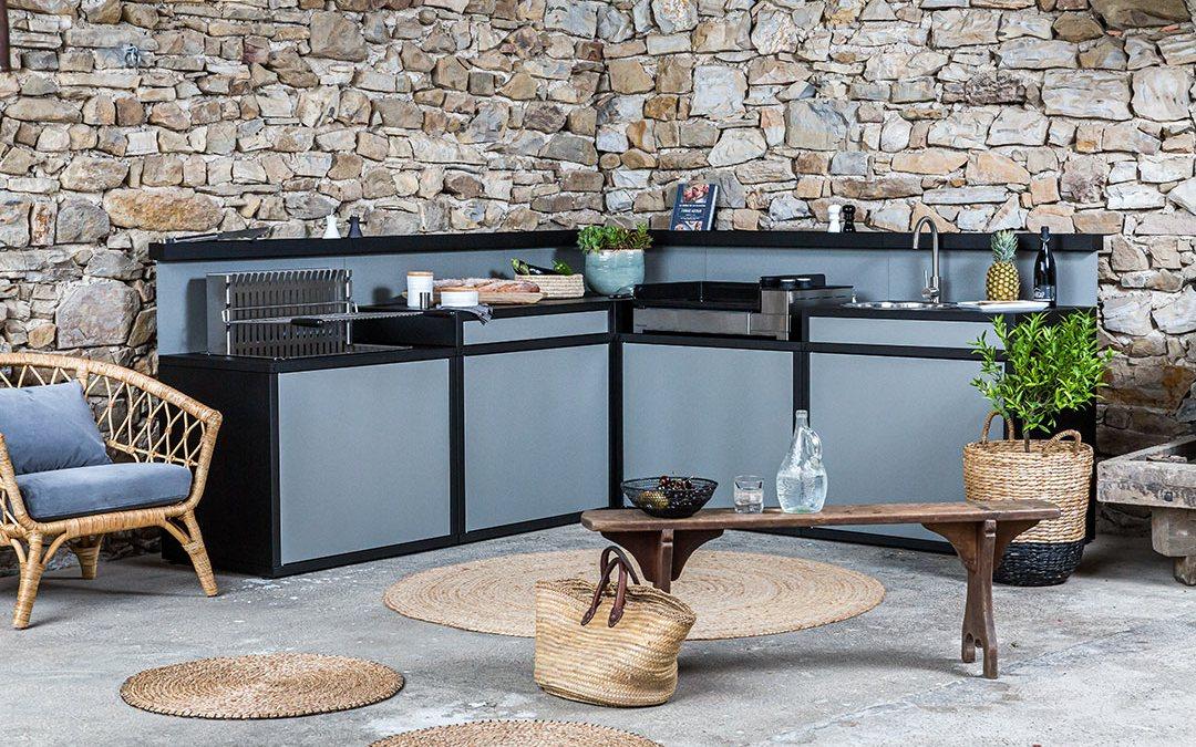 La cuisine en plein air devient un véritable style de vie. Suivez le guide !