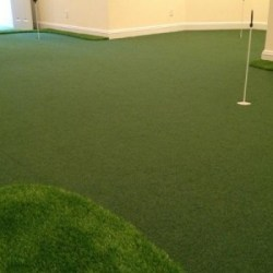Wall-to-Wall-Golf-Room-resized-image-560x350