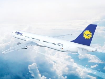 Munich,,Germany,-,August,17:,Lufthansa,Airbus,A321,On,Approach