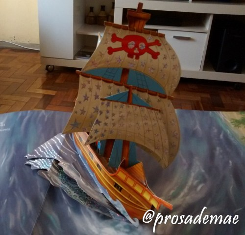 livro-pop-up-piratas-ciranda-cultural-1