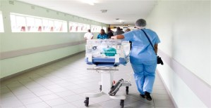 Read more about the article Pros and Cons of being a Pediatric Nurse