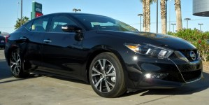 Read more about the article Pros and Cons of Nissan Maxima