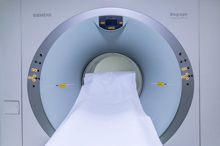 Pros and cons of MRI