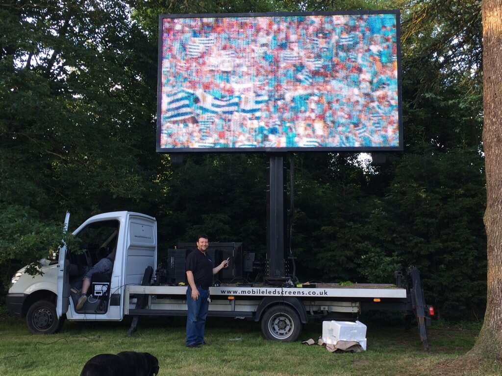 LED Outside Screen Hire