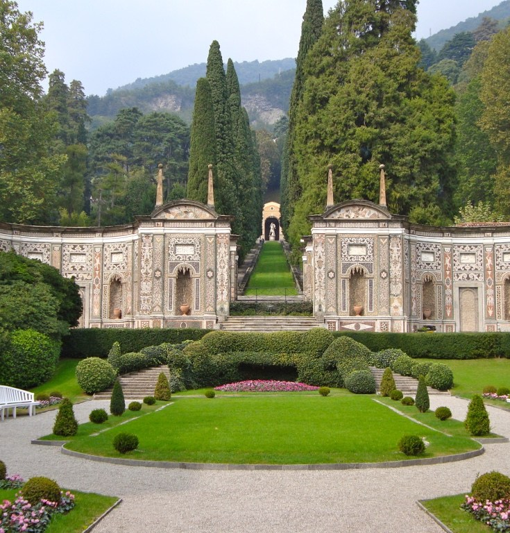 Lake Como 101 – Prosecco & PalmTrees
