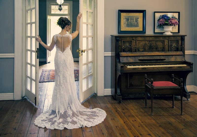 Bride and piano