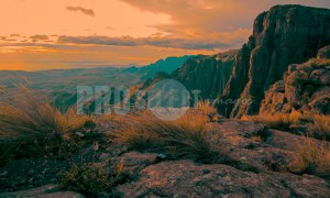 Cleft Peak Drakensberg | ProSelect-images