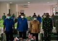 Walikota Gorontalo, Marten Taha saat memberikan sambutan pada kegiatan Silaturahmi FKUB dan lintas tokoh di Aula Haji Kemenag Kota Gorontalo. (Foto: Ari/Gopos)
