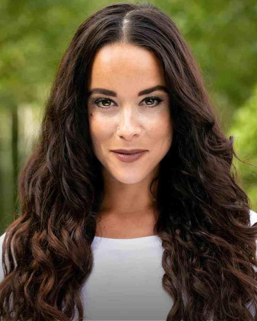 Philippa Stefani headshot