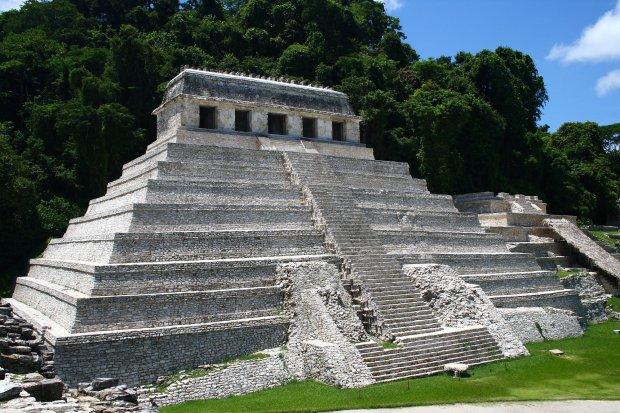 Il tempio delle iscrizioni a Palenque, nel sud del messico.