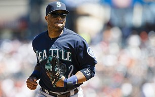 Aug 17, 2014; Detroit, MI, USA; Seattle Mariners second baseman Robinson Cano (22) runs off the field against the Detroit Tigers at Comerica Park. Mandatory Credit: Rick Osentoski-USA TODAY Sports