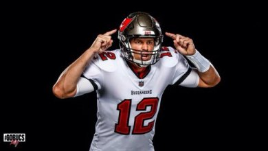 Photo of Tom Brady looks better in a Buccaneers jersey than he ever did with the Pats'