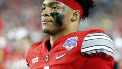 Photo of Ohio State Quarterback Justin Fields Creates #WeWantToPlay Petition