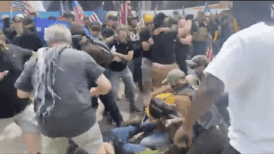 Photo of Brawls Break Out in Kalamazoo, Michigan Between the 'Proud Boys' and Counter-Protesters – Click Here to View Video Thread