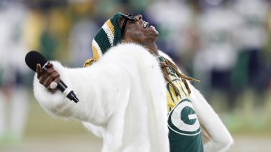 Photo of Lil Wayne Dropping Track For The Packers Playoff Run?