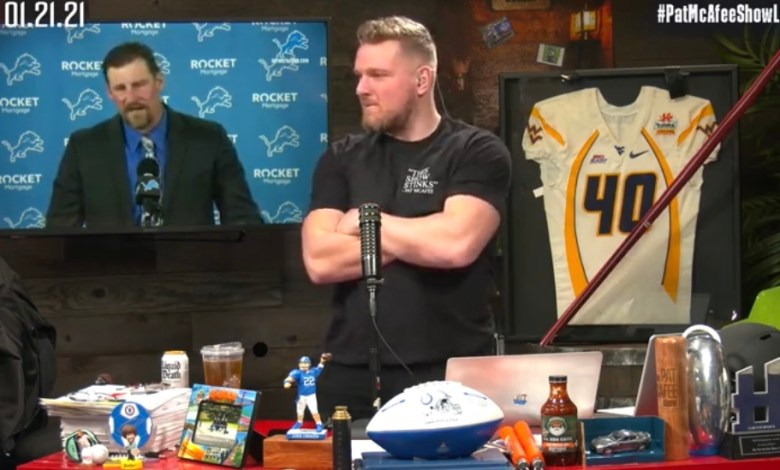 Photo of People Are Protesting Pat McAfee Moving Into His New Office? Old Church? McAfee Having To Attend City Council Meetings! – @PatMcAfeeShow