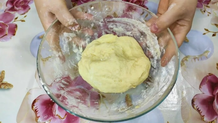 Беру кефір і через 20 хвилин смачне печиво до чаю готове