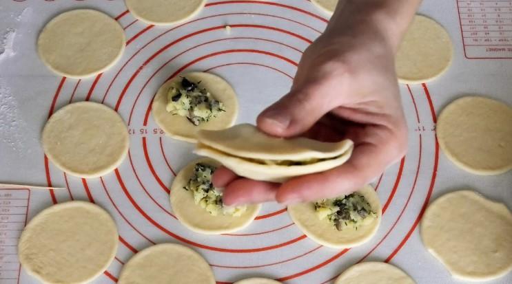 Міні-пиріжки на святковий стіл за копійки