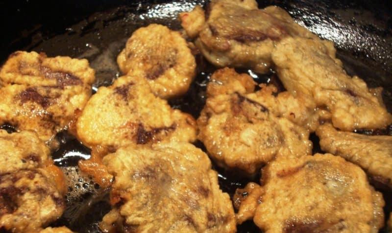 Куряча печінка в клярі: смачна вечеря на кожен день