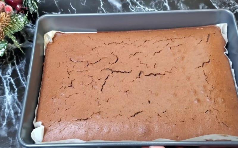 """""""Трайфл мега снікерс"""" – популярний десерт, який сподобається всім гостям"""