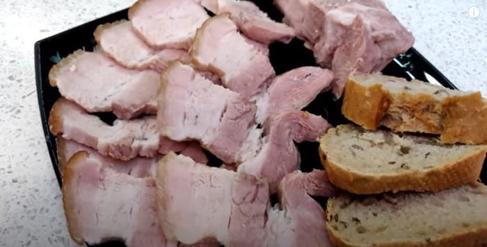 Кладу м'ясо в банки і отримую смачну м'ясну закуску
