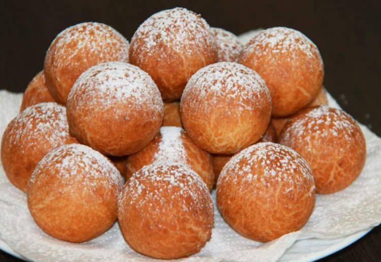 Сирні пончики: рецепт з дитинства