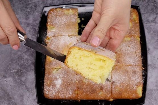 """Готую пиріг """"Для лінивих"""": витрачаю 5 хвилин свого часу, а інше робить духовка (дуже люблю його влітку)"""