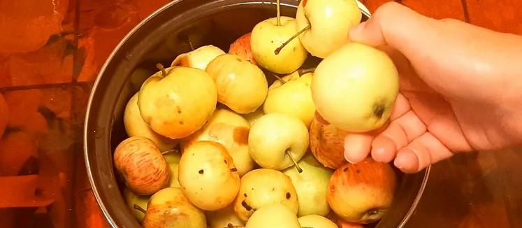 """Просте варення з яблук """"Французький десерт"""". Начинка для пирогів і пиріжків в банці"""