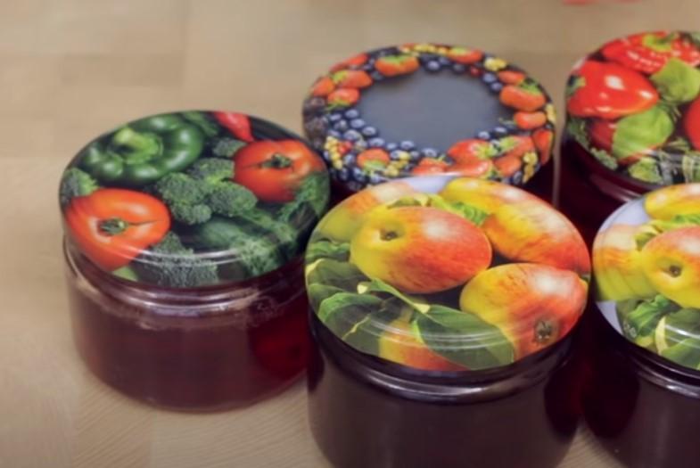 Яблучне желе без желатину готую, якщо великий урожай. Зберігається всю зиму без холодильника