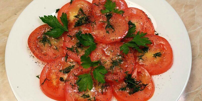 Просто помідори, а рецепт просить кожен, хто пробує