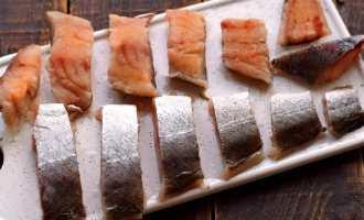 Смажена риба в цибулевому клярі
