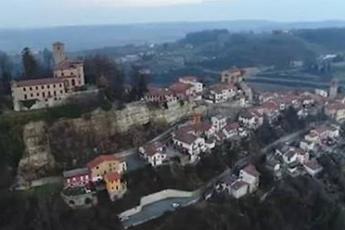 Этой итальянской деревне требуются жители и каждому из них заплатят по 2000 евро