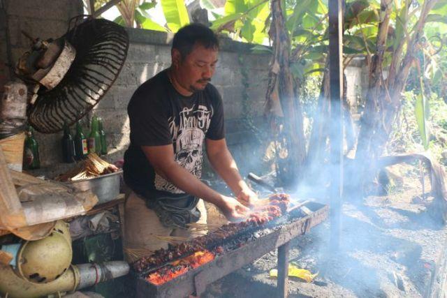 Бали: жестокие убийства собак ради мяса, которое продают обманутым туристам