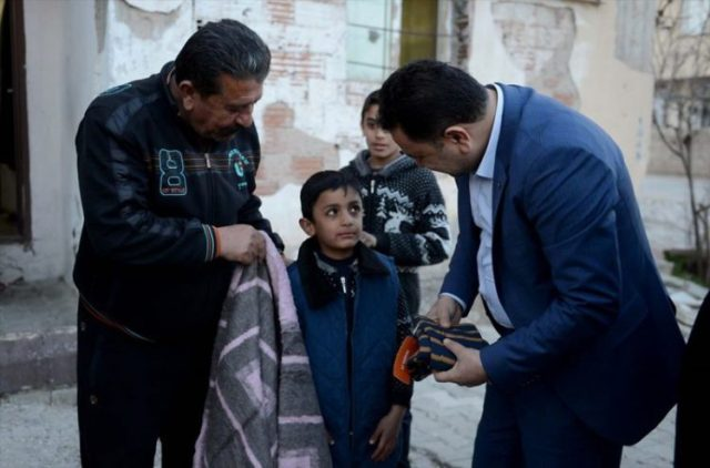 Этот 8-летний мальчик прославился на весь городок своей добротой! И вот почему…