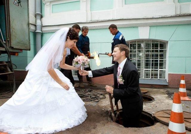 12 юмористических фотографий со свадьбы