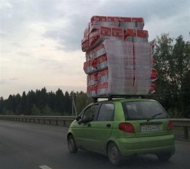 Как водители пытаются впихнуть то, что впихнуть невозможно!