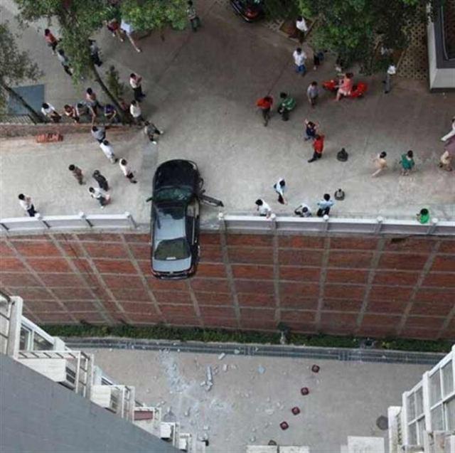 Яркие примеры нереального везения водителей