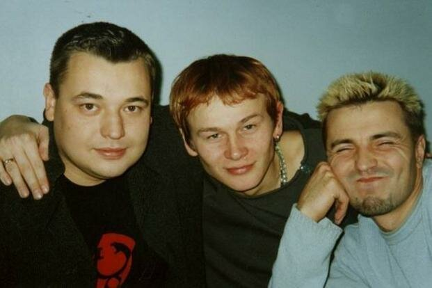 Фото из 90-х, когда знаменитости еще были молоды