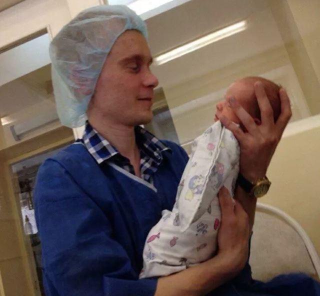 Вопреки недугу и прогнозам врачей женщина смогла стать мамой. И вот каким растёт её сын