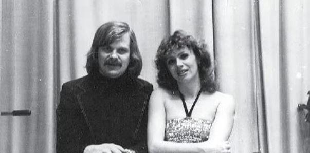 Молоды и прекрасны. Свадебные фото родителей отечественных звезд