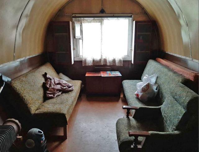Дома из железных бочек на Севере: как в них живут люди, и какие они изнутри