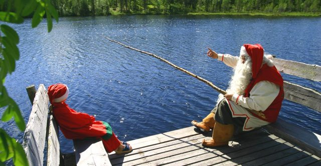 Зимняя сказка. Как выглядит деревня Санта-Клауса в Лапландии