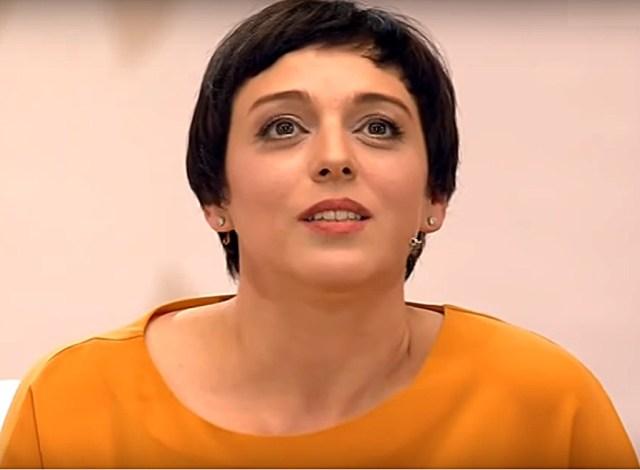 Пухлые ножки и лицо. 40-летнюю Уварову не узнают поклонники на новых фото